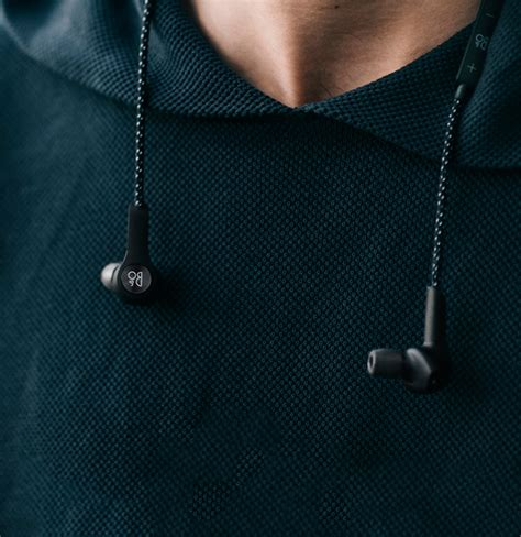blibli big bang beoplay h5 in ear headphone wireless untuk pengguna yang