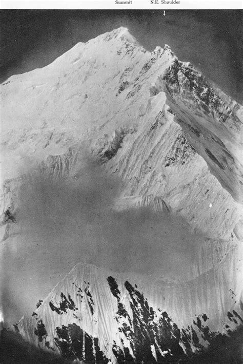 Expedition E6728 Black White file everest east arete 1921 jpg