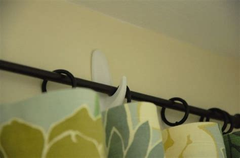 curtain hanging hooks 25 best ideas about hanging curtain rods on pinterest