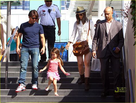 Holmess Shopping Spree For Suri by Tom Cruise Westfield Mall Shopping Spree