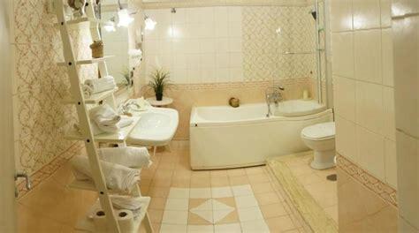 alberghi con vasca idromassaggio in napoli hotel vicino aeroporto di napoli camere a tema romantico