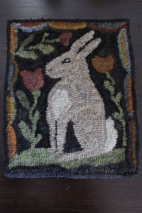 folk rug hooking primitive folk easter bunny rabbit hooked rug hooking early style naiveprimitive hooked
