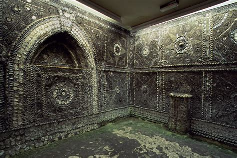 2000 Square Feet the shell grotto unofficial britain