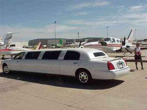 2000 lincoln limo llanody 2000 lincoln town car limousine