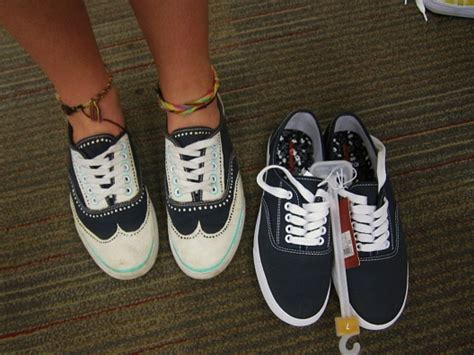 diy great gatsby inspired painted tennis shoes