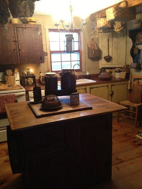 Primitive Kitchen Island Lighting 625 Best Primitive Colonial Kitchens Images On Pinterest