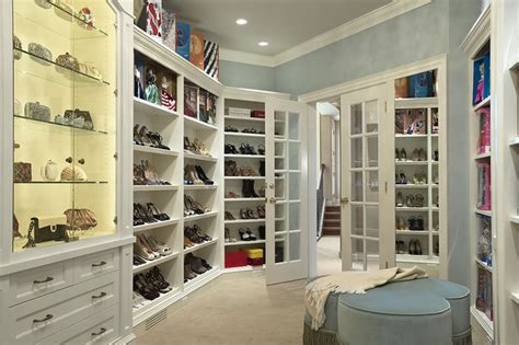 level display room contemporary closet