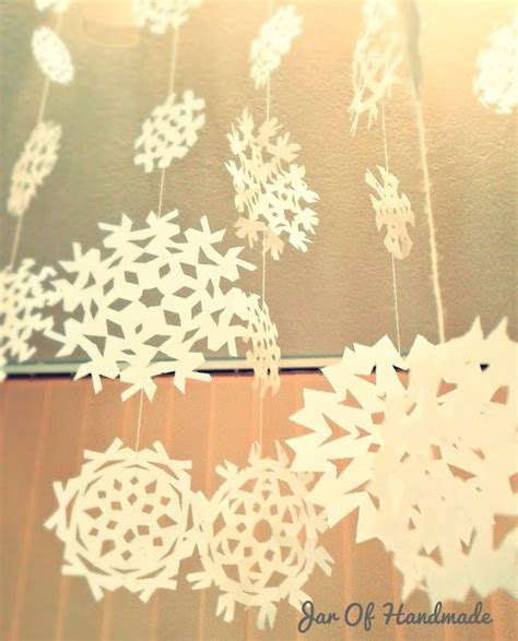 hanging snowflakes from ceiling 17 images about polar express on le veon bell