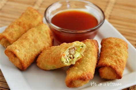 the rolls chicken egg rolls