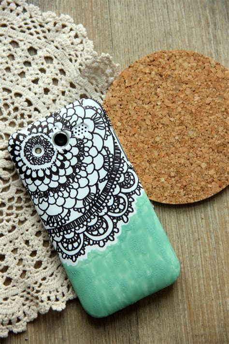 mobile cover design homemade give your phone case a makeover with these 25 diys