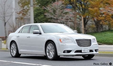 on board diagnostic system 2012 chrysler 300 interior lighting クライスラー 300に試乗 chrysler web magazine openers