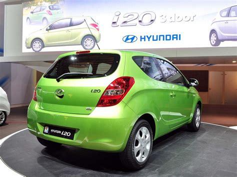 Hyundai I20 Automatic by Hyundai I20 1 6 Automatic 1 Photo And 73 Specs