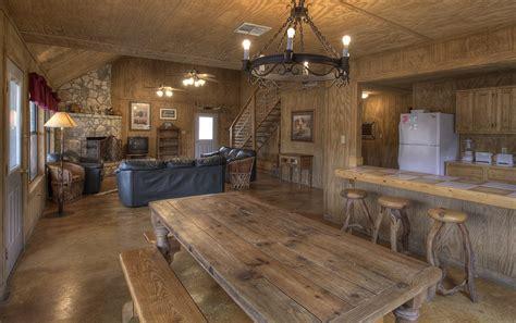 Hunting Cabin Floor Plans Rustic Cabin Interiors Pinterest