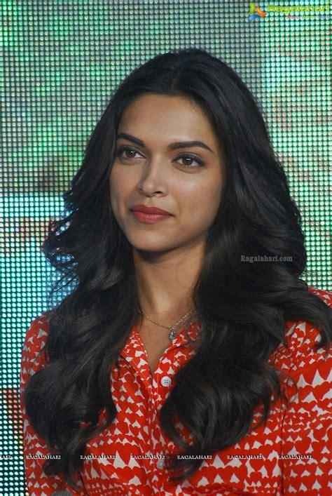 deepika padukone ragalahari deepika padukone image 1 tollywood actress sexy photos