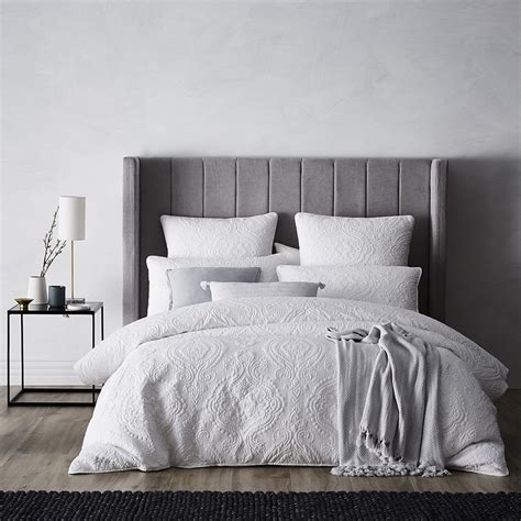 mercer abigail quilted quilt cover white