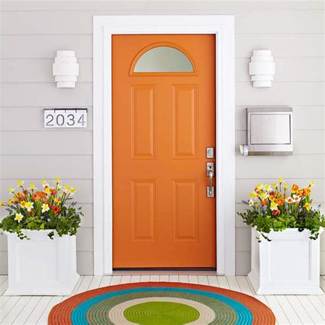 7 ideas to make your front door pop