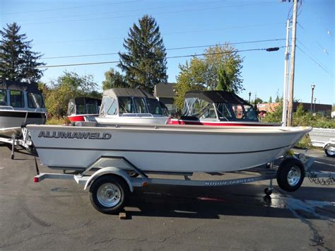 sport fishing boats for sale in oregon alumaweld sport skiff save 2000 boats for sale in oregon