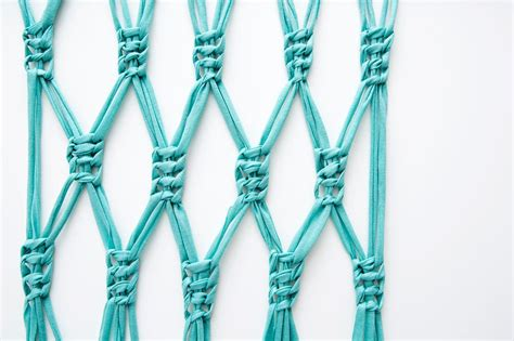 How To Make Macrame Knots - macra make a gorgeous macrame wall hanging brit co