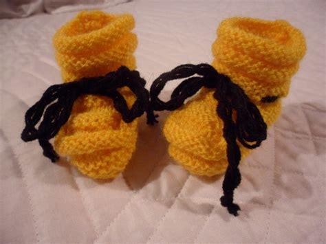 modelos de zapatitos tejidos de lana zapatitos de beb 233 tejidos a mano varios colores y modelos