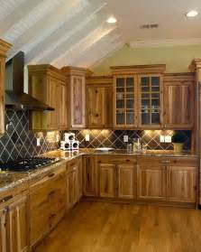 Hickory Wood Cabinets Kitchens Best 25 Hickory Kitchen Cabinets Ideas On Hickory Kitchen Rustic Hickory Cabinets