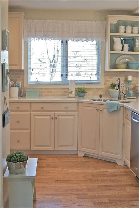 cottage style kitchen furniture charming cottage style a pocketful of blue town