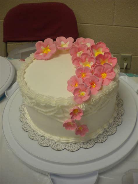 imagenes de decoraciones de uñas en flores compartiendo fondos pasteles hermosos con flores y mariposas