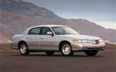 Towne Ford by 1998 Lincoln Town Car Information And Photos Zombiedrive