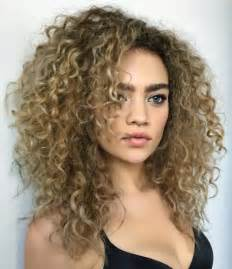 hairstyles for curly layered hair at the awkward stage 55 styles and cuts for naturally curly hair in 2017