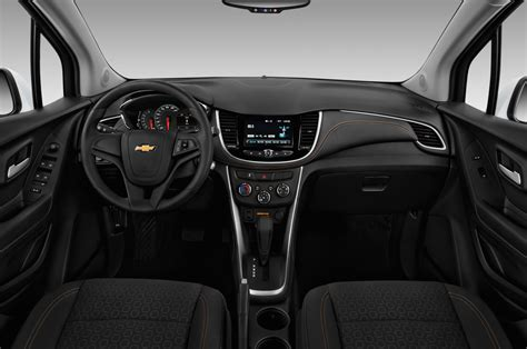 chevrolet trax reviews research trax prices specs motortrend