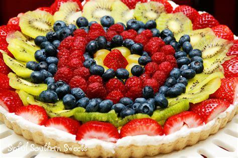 fruit tart sinful southern fresh fruit tart a le creuset