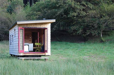 stay in a tiny house caban coch rolling cabin tiny house swoon