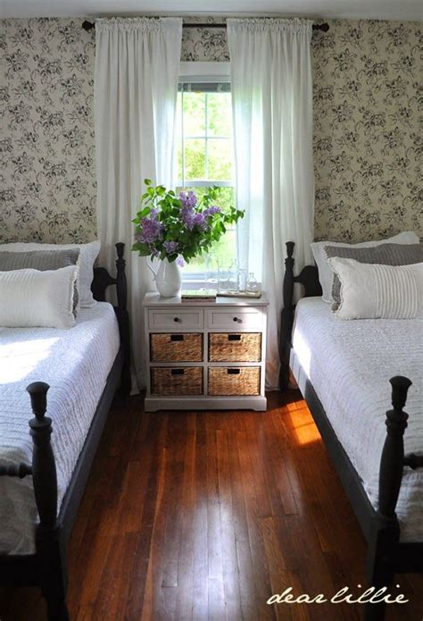 Old Fashioned Bedroom Ideas 25 best ideas about new england decor on pinterest new