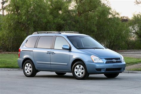 Kia Sedona 2010 Reviews 2010 Kia Sedona Reviews Specs And Prices Cars