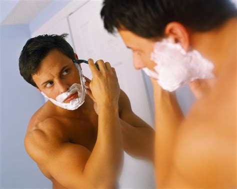 men public hair photo tips on giving yourself the perfect shave 171 ezeliving