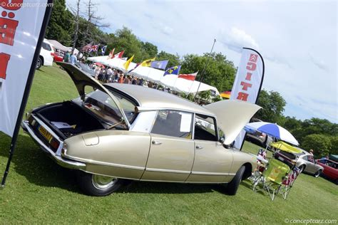 1967 citroen ds21 pictures history value research news 1970 citroen ds pictures history value research news