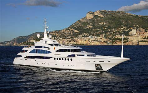 yacht game mine games ex bistango superyacht under way yacht