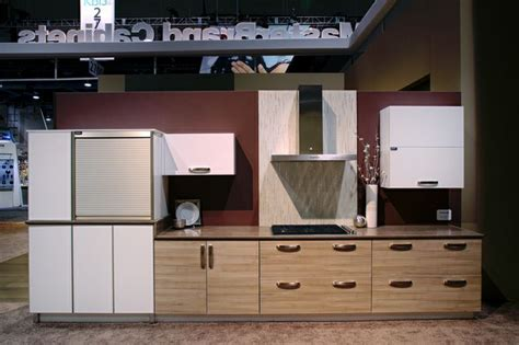 high gloss kitchen cabinets in thermofoil kitchen craft 72 best images about contemporary style cabinets on pinterest