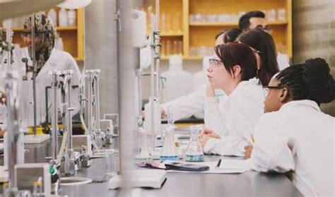 best chemical engineering schools developing career