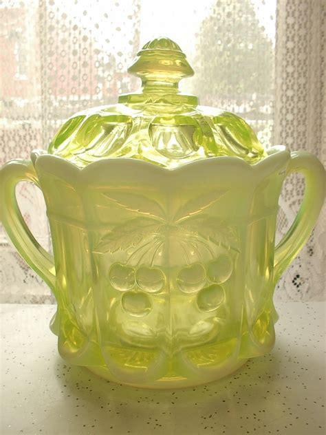 vintage westmoreland glass biscuit jar vaseline by shoponsherman