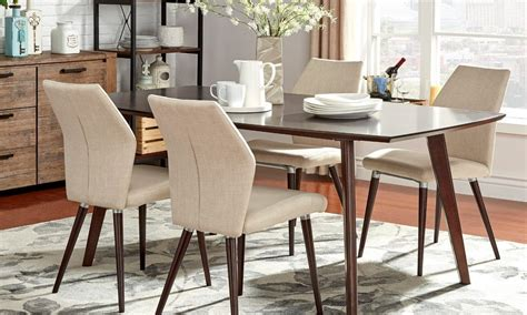 area rugs for dining room how to pick the best rug size for any room overstock com