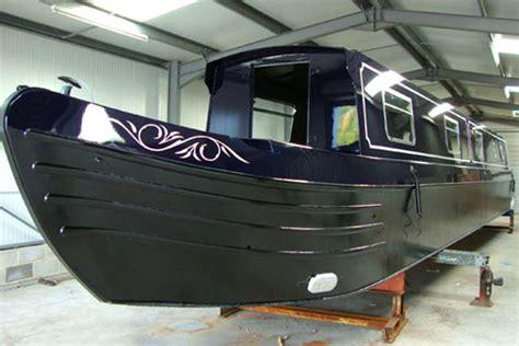 paint your boat narrowboat paint techniques a professional paint job or