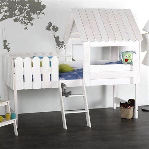 cabane enfant chambre les 25 meilleures id 233 es concernant lit cabane sur