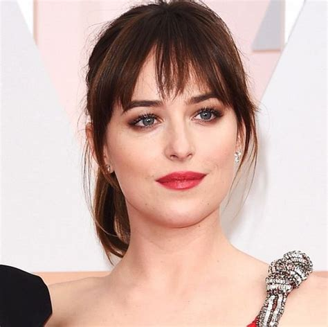 dakota johnson hairstyles and face shape visual guide to contouring based on 6 face shapes modern