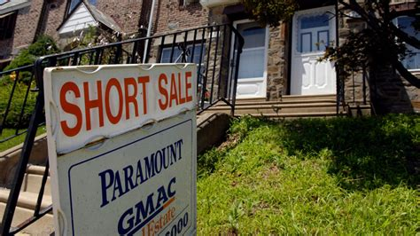 what does short sale mean when buying a house what is an investors only short sale realtor com 174