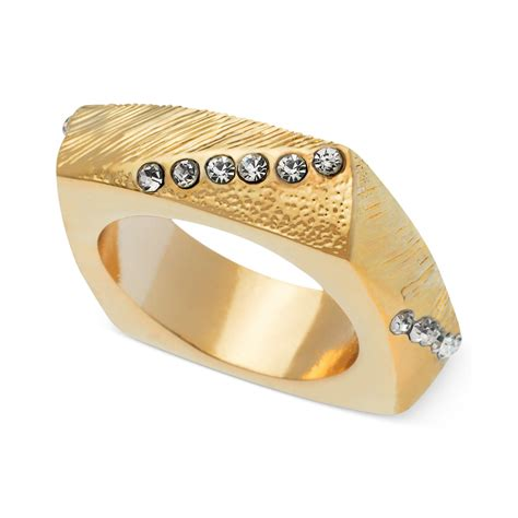 guess ring gold tone pave square ring in gold lyst