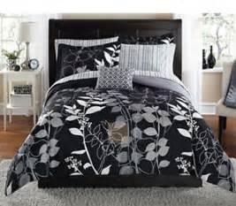 floral pattern black and white reversible comforter set