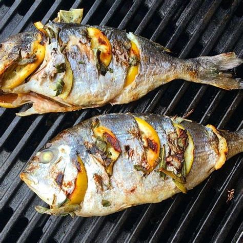 Daurade Grillée Barbecue recette dorade au barbecue facile rapide