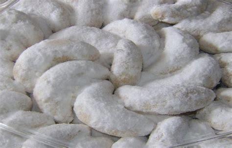 cara membuat kue kering putri salju resep kue putri salju keju spesial lembut dan cara membuatnya