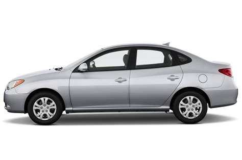 2010 hyundai elantra reviews 2010 hyundai elantra reviews and rating motor trend