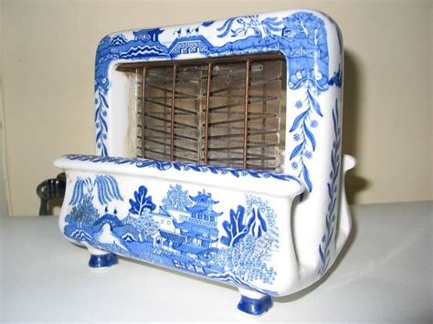 Ceramic Toaster toastrite blue willow ceramic electric toaster from wayne mattox antiques on ruby